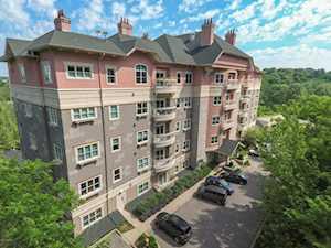 1409 Mockingbird Terrace Dr #203 Louisville, KY 40207