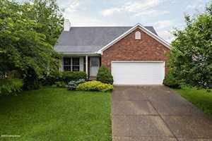 5105 Rising Oak Ct Louisville, KY 40245
