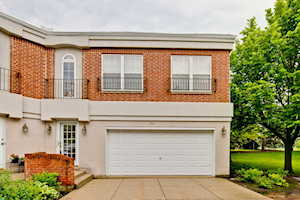 393 Town Place Circle Buffalo Grove, IL 60089