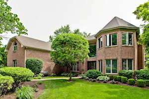 907 S Beverly Ln Arlington Heights, IL 60005