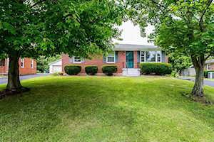 1708 Scarborough Court Lexington, KY 40505