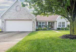 4709 Oak Bend Dr Louisville, KY 40241
