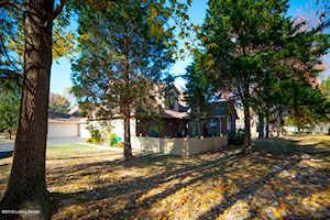 3101 Graystone Manor Pkwy Louisville, KY 40241