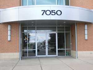 7050 183rd St #409 Tinley Park, IL 60477