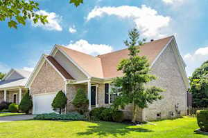 4107 Sunny Crossing Dr Louisville, KY 40299