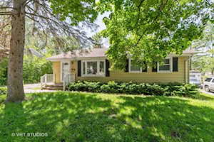 134 S Archer Ave Mundelein, IL 60060