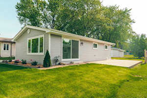 5743 Sherman Ave Downers Grove, IL 60516