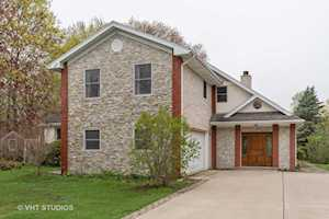 10 Alton Rd Prospect Heights, IL 60070