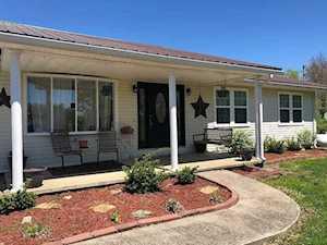 7240 Oak Grove Road Morehead, KY 40351