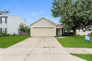 2297 Westmere Drive Plainfield, IN 46168