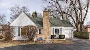 713 S Elmhurst Rd Mount Prospect, IL 60056