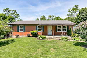 122 Spruce Court Winchester, KY 40391
