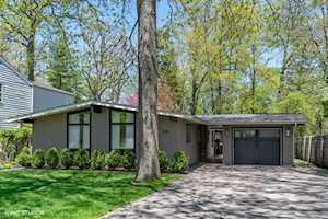 670 Green Briar Ln Lake Forest, IL 60045