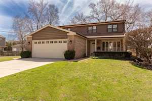354 S Carlyle Place Arlington Heights, IL 60004