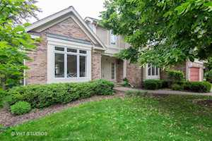 2564 Cotswolds Ct Northbrook, IL 60062