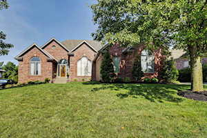 7708 Kendrick Crossing Ln Louisville, KY 40291