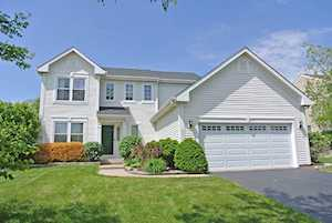 350 Winding Canyon Way Algonquin, IL 60102