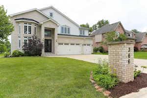 366 Coralynn Ct Willowbrook, IL 60527
