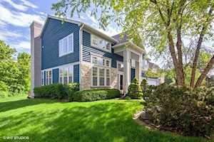 6 W River Oaks Circle Buffalo Grove, IL 60089