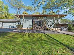 512 Wood Rd Oak Brook, IL 60523
