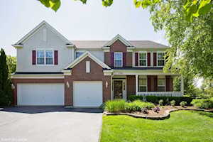 3541 High Ridge Rd Carpentersville, IL 60110