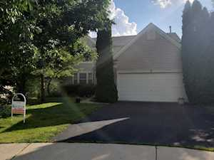 3 Kelsey Ct South Elgin, IL 60177