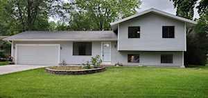 652 Bedford Dr Crystal Lake, IL 60014