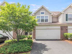 3240 Cool Springs Ct Naperville, IL 60564
