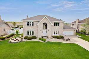 18006 Pheasant Lake Dr Tinley Park, IL 60487