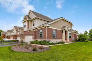 2720 Blakely Ln Naperville, IL 60540