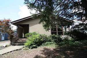 3834 Wolf Rd Western Springs, IL 60558