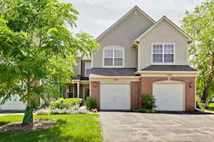 1370 Redbridge Ct Grayslake, IL 60030