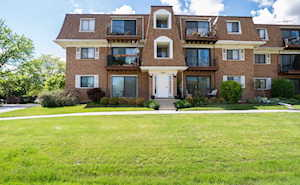 4178 Cove Ln #2E Glenview, IL 60025