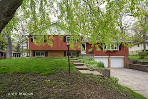 813 Greenwood Ave Carpentersville, IL 60110