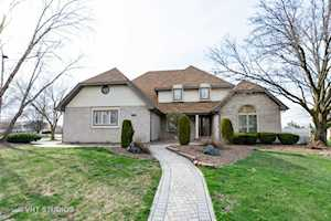 17312 Valley View Dr Tinley Park, IL 60477