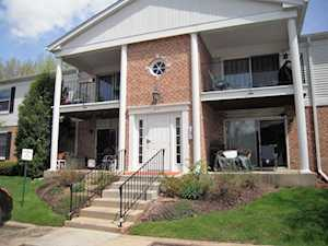971 Golf Course Rd #2 Crystal Lake, IL 60014