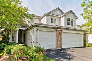12611 Meadow Circle Lake Bluff, IL 60044