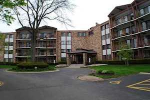 250 W W Parliament Place #407 Mount Prospect, IL 60056