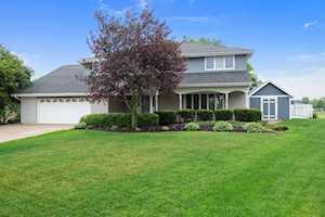 11611 Glenview Dr Orland Park, IL 60467
