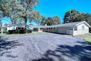 930 Castlegate Ct Lake Forest, IL 60045