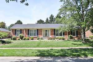 10009 Timberwood Cir Louisville, KY 40223