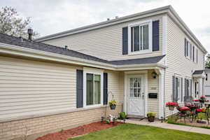 1303 Cove Dr #210C Prospect Heights, IL 60070