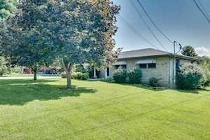 3346 Cardinal Ave Shepherdsville, KY 40165