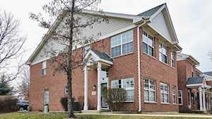 1 Wolcott Ct Elmhurst, IL 60126