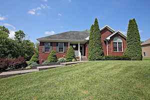4016 Old Farm Dr Crestwood, KY 40014