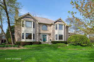 6249 Pine Tree Dr Long Grove, IL 60047