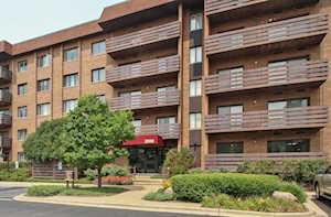 2000 Chestnut Ave #104 Glenview, IL 60025