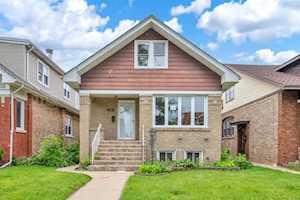 5453 W Berenice Ave Chicago, IL 60641
