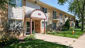 5725 Holmes Ave #3 Clarendon Hills, IL 60514