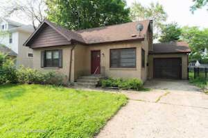 225 Walker Place Mundelein, IL 60060
